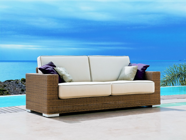 Muebles marbella simple muebles restaurados y tapizados for Sofa jardin barato